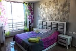 Привлекательные трехкомнатные апартаменты в Нетании