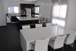 Шикарные пятикомнатные апартаменты в Нетании