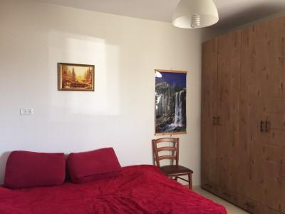 Прекрасная квартира с тремя комнатами в Нетании