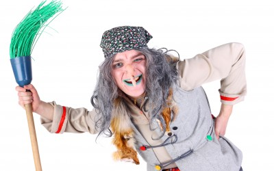 Баба Яга против Деда Мороза — Новогоднее Шоу в Нетании