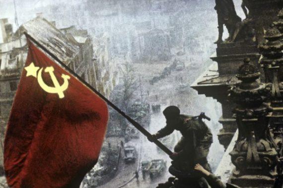 Памятное шествие в Нетании в честь Победы 1945-года над фашисткой Германией