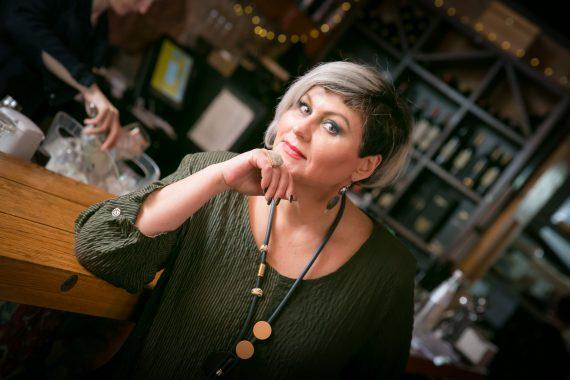 Анжела Вайнер — имидж-консультант, стилист, модный блогер, экскурсовод-консультант стильных путешествий.