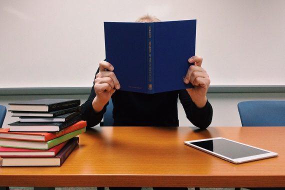 Запись в городской центр изучения языков открыта!