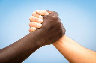 Нетания - ведущий город в борьбе с расизмом