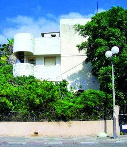 """Историческое здание """"Бейт Ланда"""" на кикар Амеасдим в Нетании станет муниципальным музеем."""