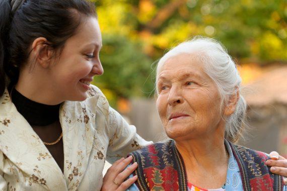 Продовольственные карты для пожилых людей: как оформить и получить