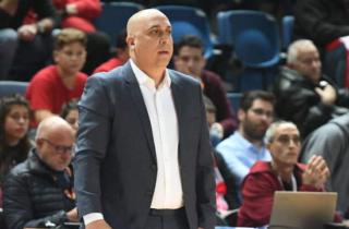 Умер великий израильский баскетбольный тренер